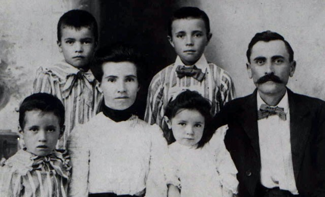 Founder A.J. Bush (right, in this family photo) started the company in 1908 after buying out the interest of his partners in a tomato cannery.