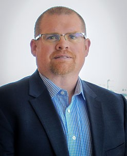 Duncan Gates is Avantax's Strategist–TSI Advisor Experience and has been a member of Avantax (formerly HD Vest) since 2006. In this role, he is currently responsible for providing education on tax-related topics and concepts, advisor training, and distribution of the Tax-Smart Investing platform.